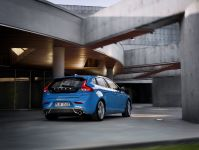 2013 Volvo V40 R-Design, 7 of 15
