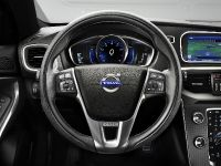 2013 Volvo V40 R-Design, 9 of 15