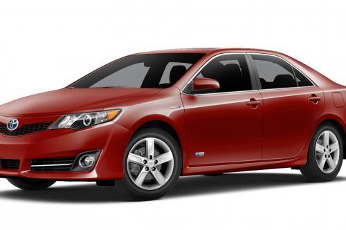 Тойота Камри гибрид вводит 2014.5 ГП ограниченным тиражом
