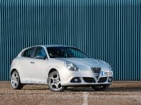 2014 Alfa Romeo Giulietta Business Edition, 2 of 5