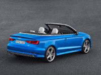 2014 Audi A3 Cabriolet , 3 of 4
