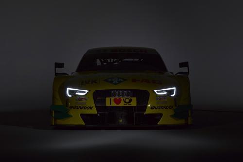 2014 Audi с интерфейсом RS 5 DTM на получение новой цветовой схемы