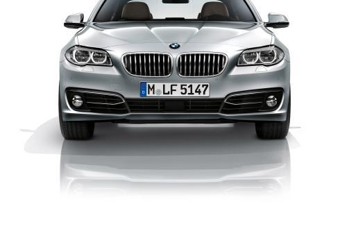 BMW 5 серии седан – 10 фотографий