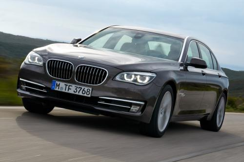 BMW 7 серии с длинной колесной базой присоединяется к линейке полный привод