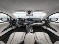 2014 BMW i8, 28 of 33