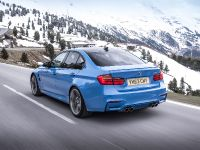 2014 BMW M3 Saloon UK, 2 of 11