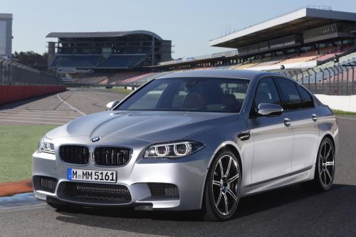 2014 BMW M5 и M6 с дополнительным конкурса пакет