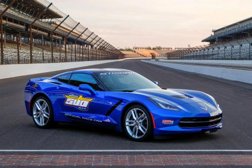 Ройс темп Indy Dual в Детройте в 2014 Corvette Stingray