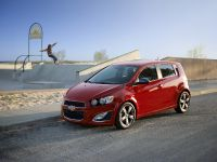 2014 Chevrolet Sonic RS, 4 of 10