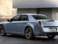 2014 Chrysler 300S, 2 of 6