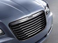 2014 Chrysler 300S, 3 of 6