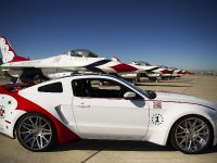 2014 Ford Mustang GT U.S. Air Force Thunderbirds Edition, 3 of 9