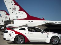 2014 Ford Mustang GT U.S. Air Force Thunderbirds Edition, 4 of 9