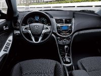 2014 Hyundai Accent, 6 of 8