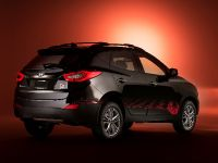 2014 Hyundai Tucson Walking Dead Special Edition, 2 of 11