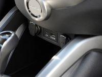 2014 Hyundai Veloster RE-FLEX , 11 of 12