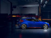 2014 Hyundai Veloster Turbo R-Spec, 3 of 4