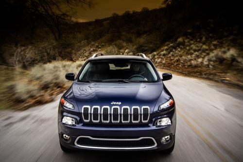 2014 Jeep Cherokee - агрессивным и жирным
