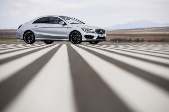 Mercedes-Benz CLA 250 US