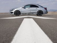2014 Mercedes-Benz CLA 250 US, 23 of 31