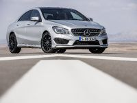 2014 Mercedes-Benz CLA 250 US, 24 of 31
