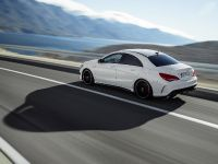 2014 Mercedes-Benz CLA 45 AMG, 11 of 27