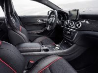 2014 Mercedes-Benz CLA 45 AMG, 25 of 27