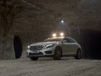 2014 Mercedes-Benz GLA-Class Off-Road, 2 of 8