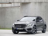 2014 Mercedes-Benz GLA, 2 of 22