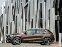 2014 Mercedes-Benz GLA, 7 of 22