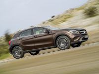 2014 Mercedes-Benz GLA, 12 of 22