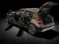 2014 Mercedes-Benz GLA, 18 of 22