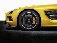 2014 Mercedes-Benz SLS AMG Coupe Black Series, 20 of 23