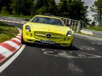 2014 Mercedes-Benz SLS AMG Coupe Electric Drive Production Car, 2 of 13