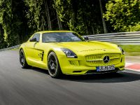2014 Mercedes-Benz SLS AMG Coupe Electric Drive Production Car, 10 of 13