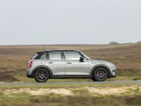 2014 MINI Cooper 5-Door Hatchback, 9 of 27