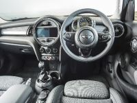 2014 MINI Cooper 5-Door Hatchback, 24 of 27