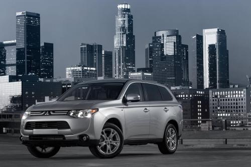 2014 Mitsubishi Outlander , 1 of 22