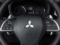 2014 Mitsubishi Outlander , 13 of 22
