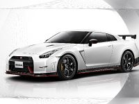2014 Nissan GT-R Nismo, 3 of 14