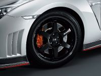 2014 Nissan GT-R Nismo, 5 of 14