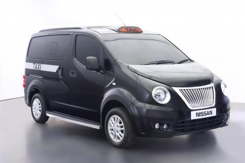 2014 приносит переработанный Ниссан nv200 с лондонских такси