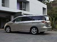 2014 Nissan Quest, 3 of 4
