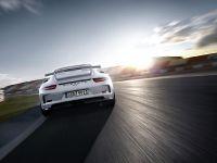 2014 Porsche 911 GT3 , 17 of 25