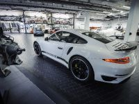 2014 Porsche 911 Turbo S Exclusive GB Edition, 2 of 5