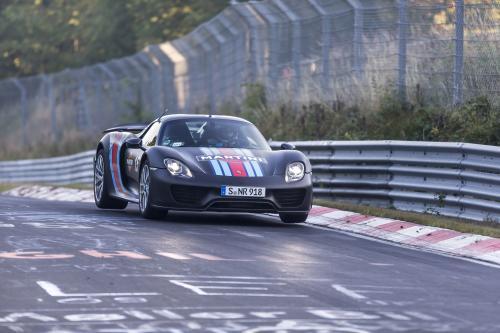 2013 Франкфуртском Международном Автосалоне: В 2014 Году Porsche 918 Spyder В