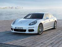 2014 Porsche Panamera S E-Hybrid , 2 of 6