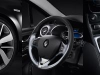 2014 Renault Clio Costume National Limited Edition, 3 of 3