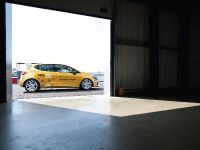 2014 Renault Clio Cup Competition Car, 3 of 4