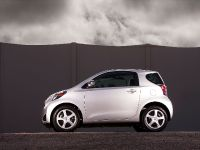2014 Scion iQ , 13 of 23